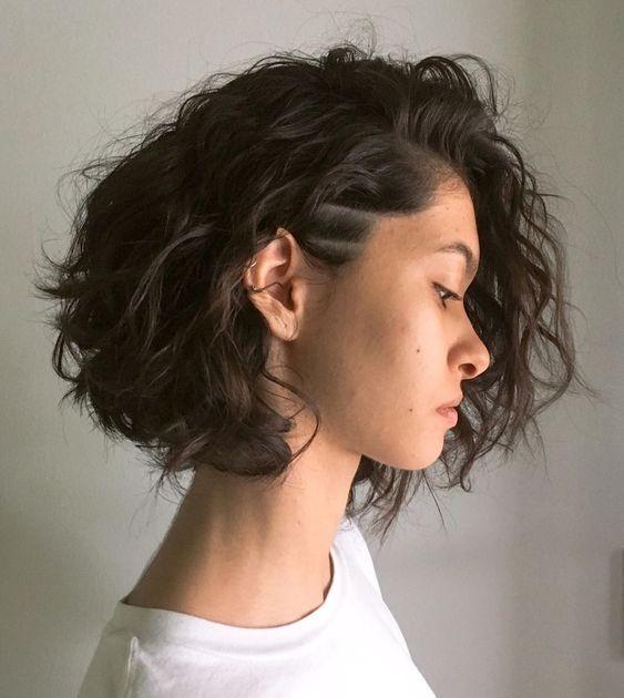 10 Model Rambut Keriting Pendek Yang Nggak Pernah Kadaluarsa Galadiva Com